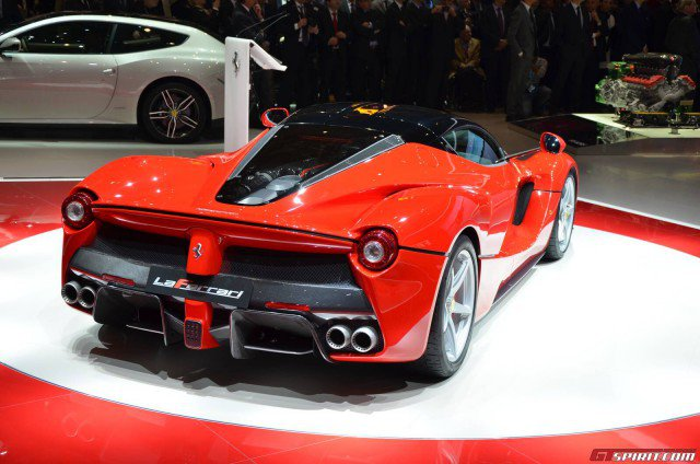 Ferrari Enzo 2013 Photo - 1