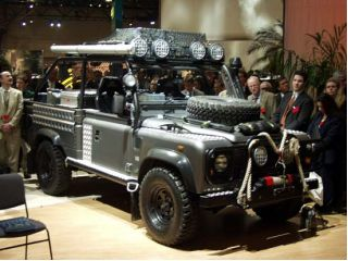 Land Rover Defender 2002 Photo - 1
