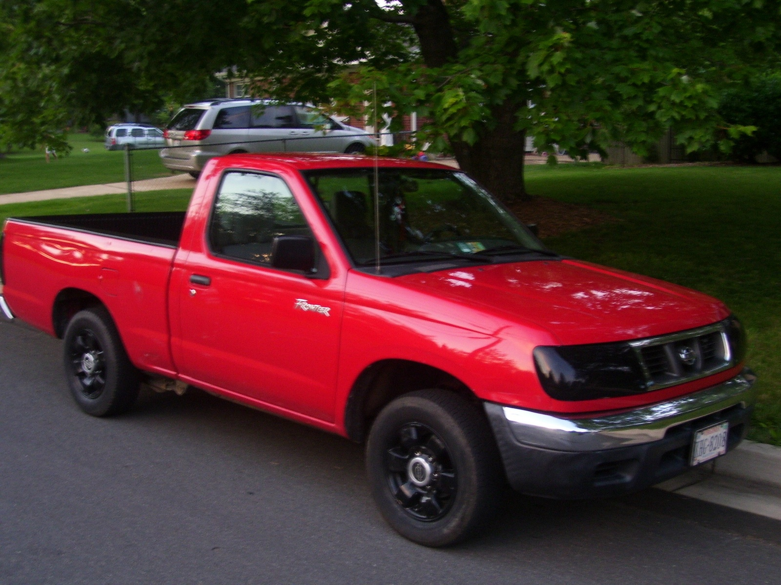 Nissan Frontier 1999 Photo - 1