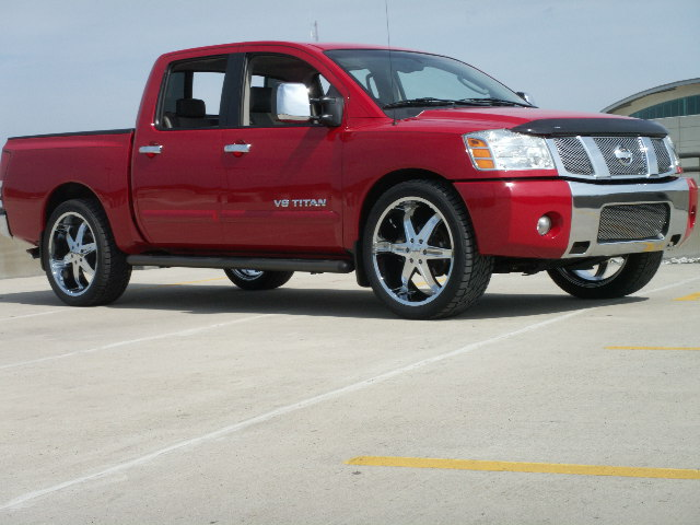 Nissan Titan 2005 Photo - 1