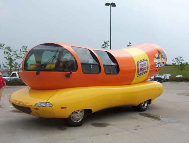 oscar mayer weinermobile 1995 review amazing pictures and images look at the car. Black Bedroom Furniture Sets. Home Design Ideas