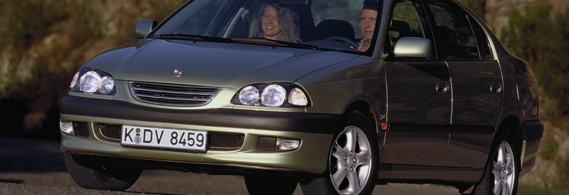 Toyota Avensis 1997 Photo - 1