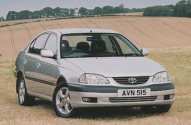 Toyota Avensis 2000 Photo - 1