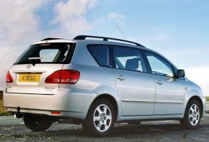 Toyota Avensis 2001 Photo - 1
