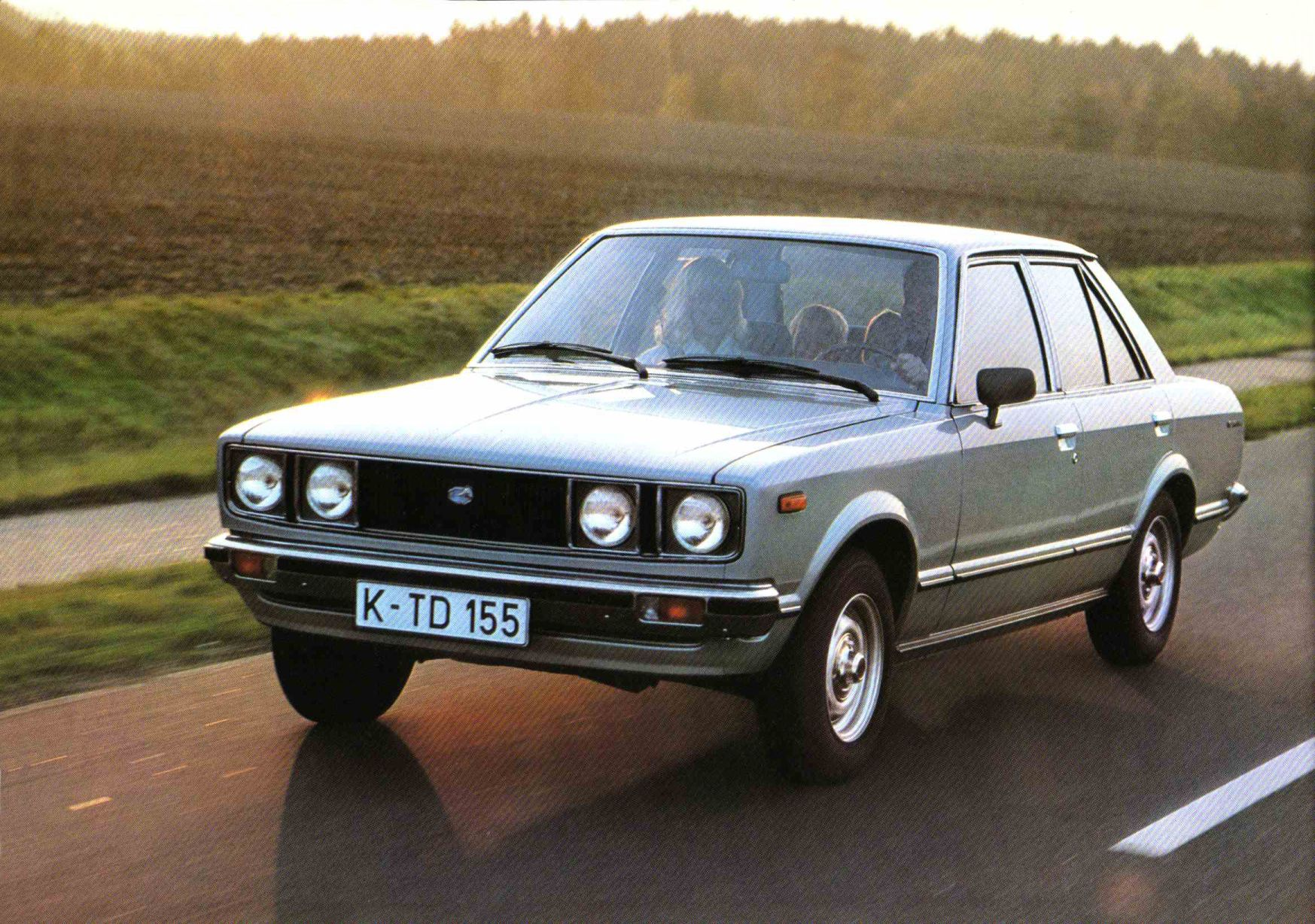 Toyota Carina 1977 Photo - 1