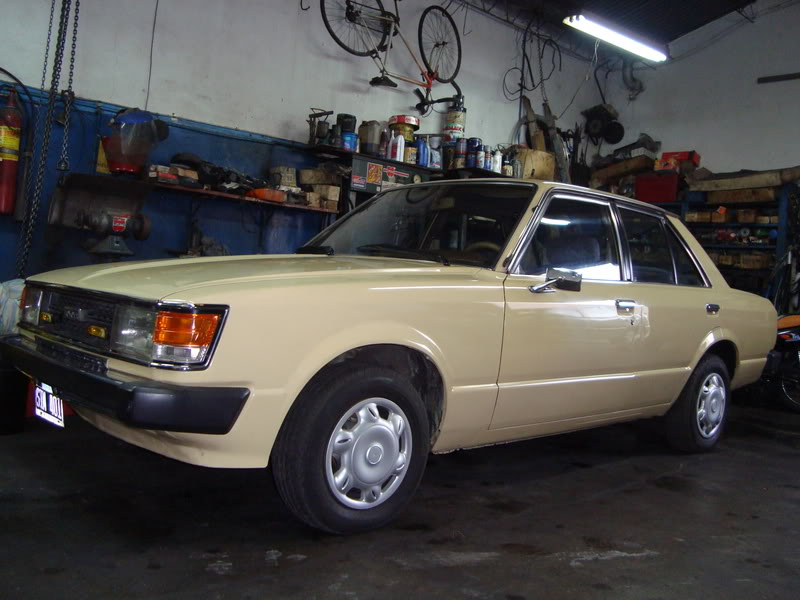 Toyota Carina 1981 Photo - 1