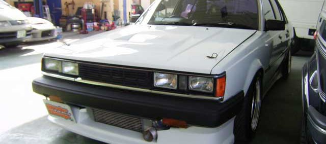 Toyota Carina 1983 Photo - 1