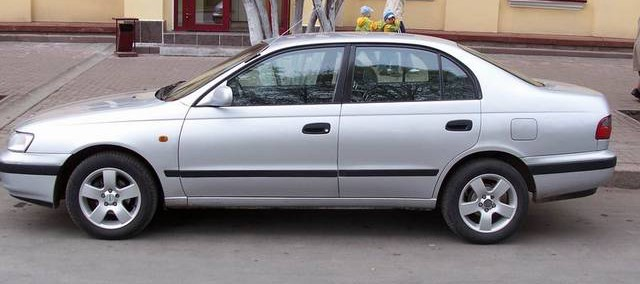 Toyota Carina 1997 Photo - 1