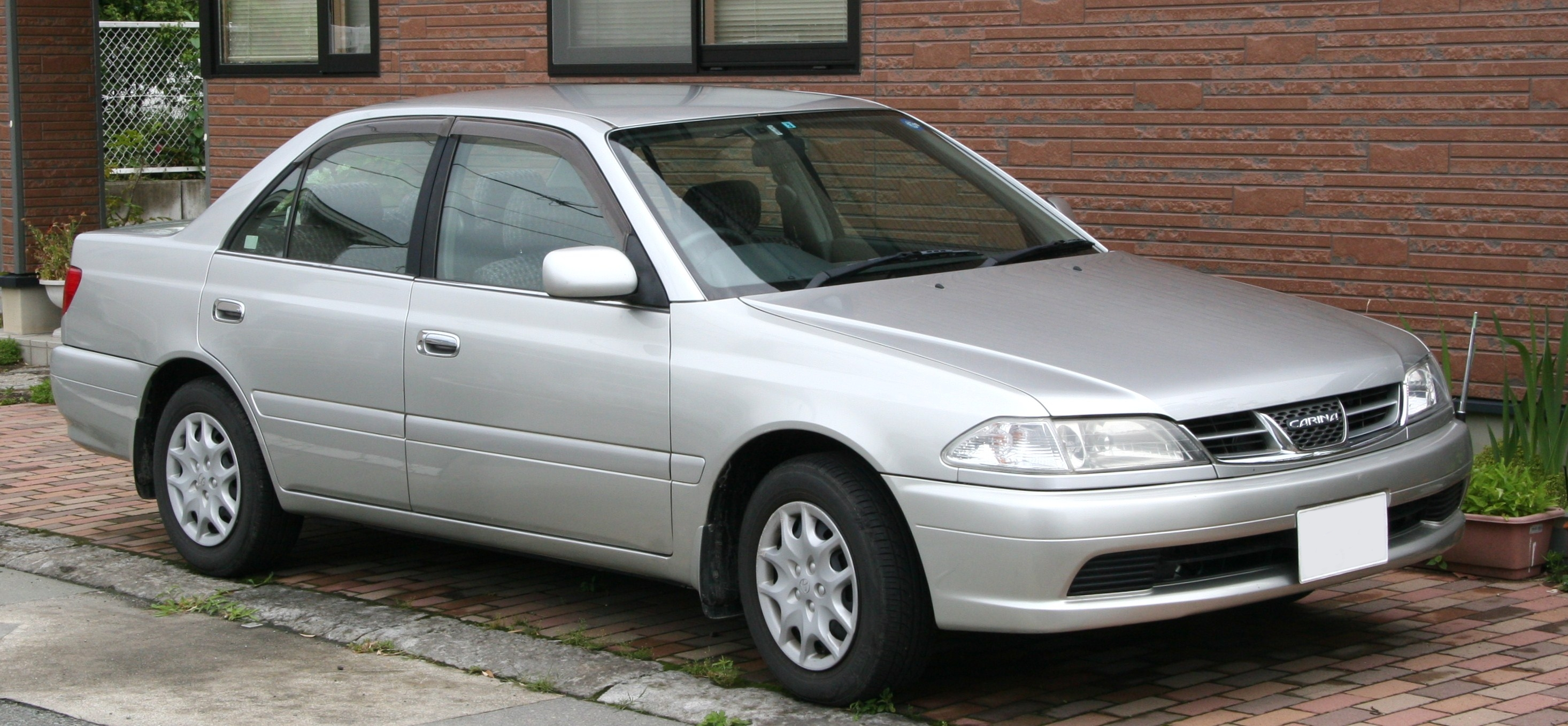 Toyota Carina 2014 Photo - 1