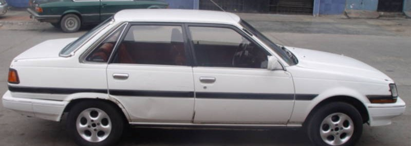 Toyota Corona 1987 Photo - 1