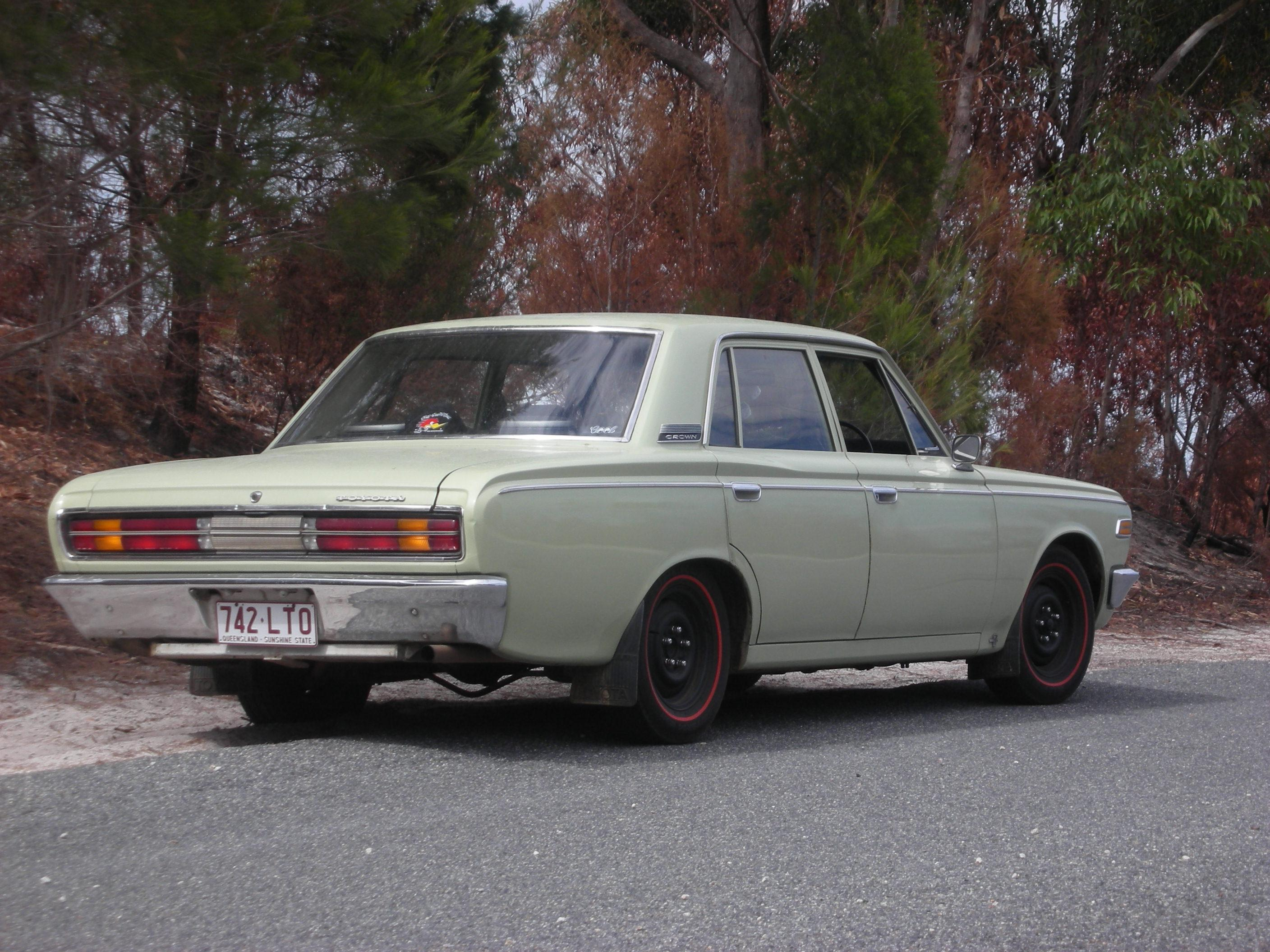 Toyota Crown 1970 Photo - 1