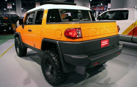 Toyota FJ Cruiser 2015 Photo - 1