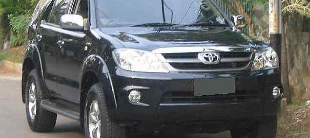 Toyota Fortuner 2009 Photo - 1