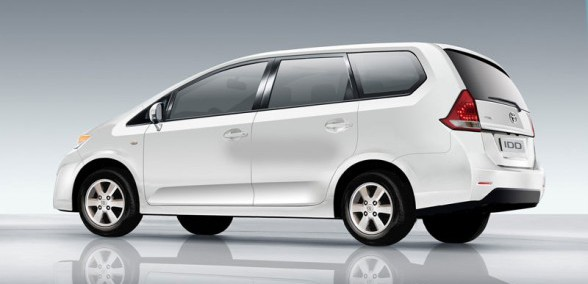Toyota Innova 2015 Photo - 1