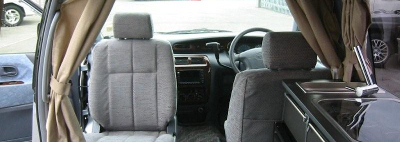 Toyota Noah 2000 Photo - 1