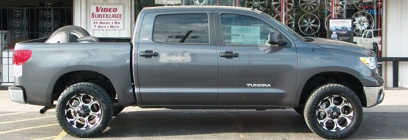 Toyota Tundra 2005 Photo - 1