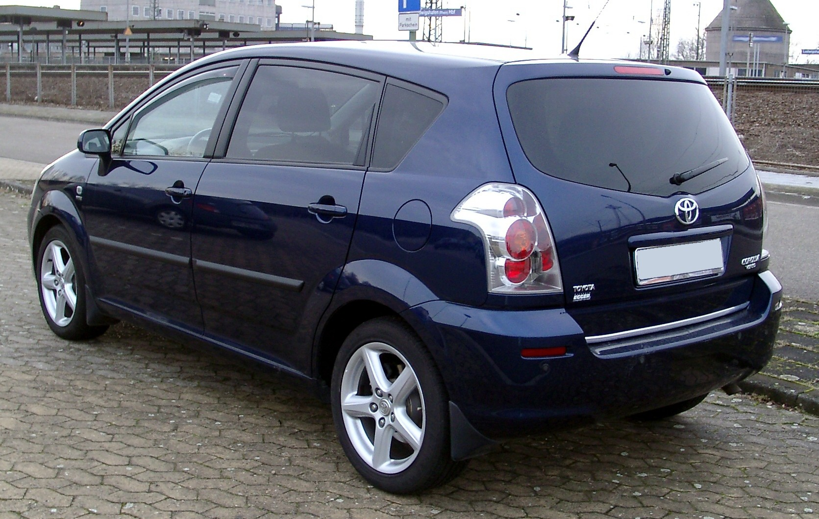 Toyota Verso 2008 Photo - 1