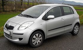 Toyota Vitz 2002 Photo - 1