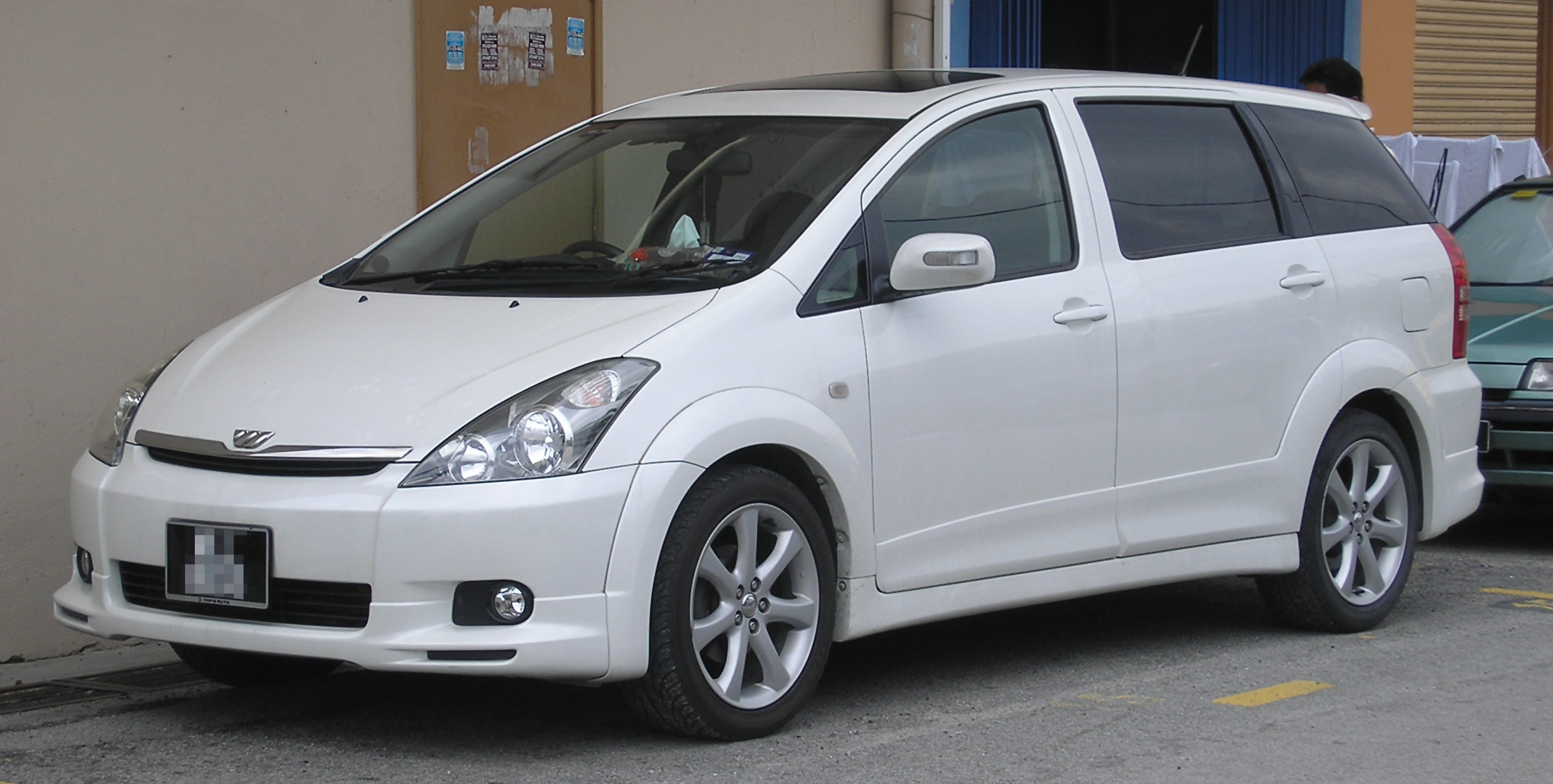 Toyota Wish 2007 Review Amazing Pictures And Images