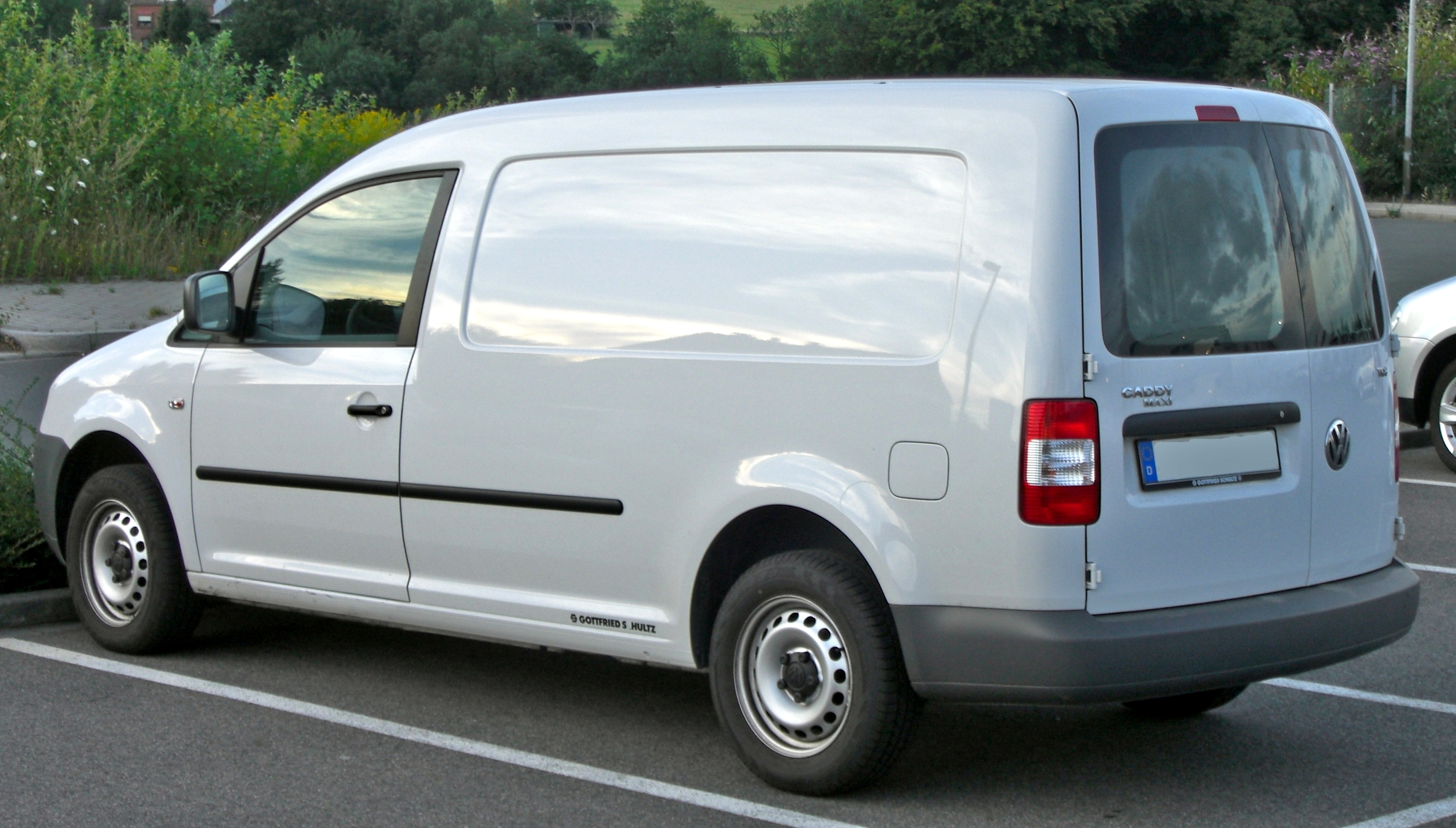Volkswagen Caddy 2014 Photo - 1