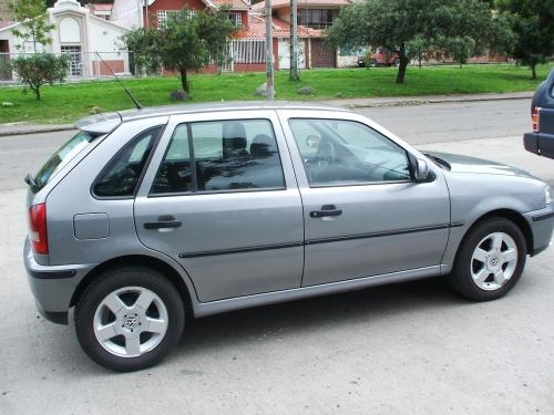 Volkswagen Gol 2002 Photo - 1