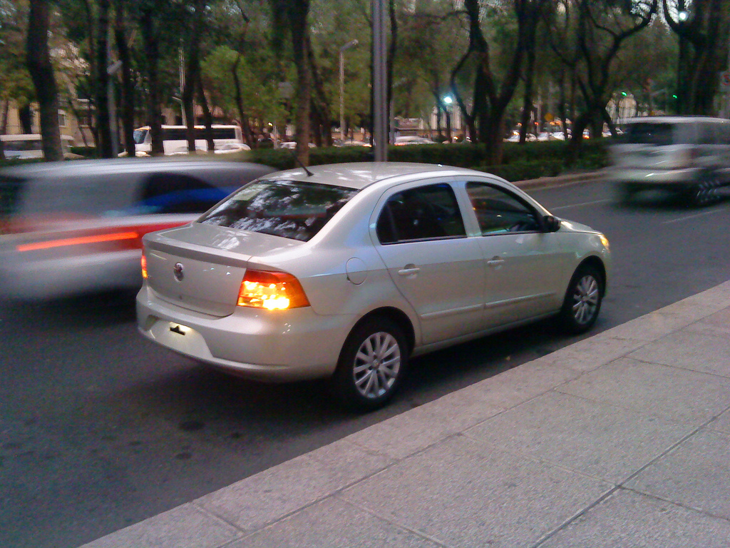 Volkswagen Gol 2009 Photo - 1