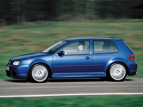 Volkswagen Golf 2002 Photo - 1