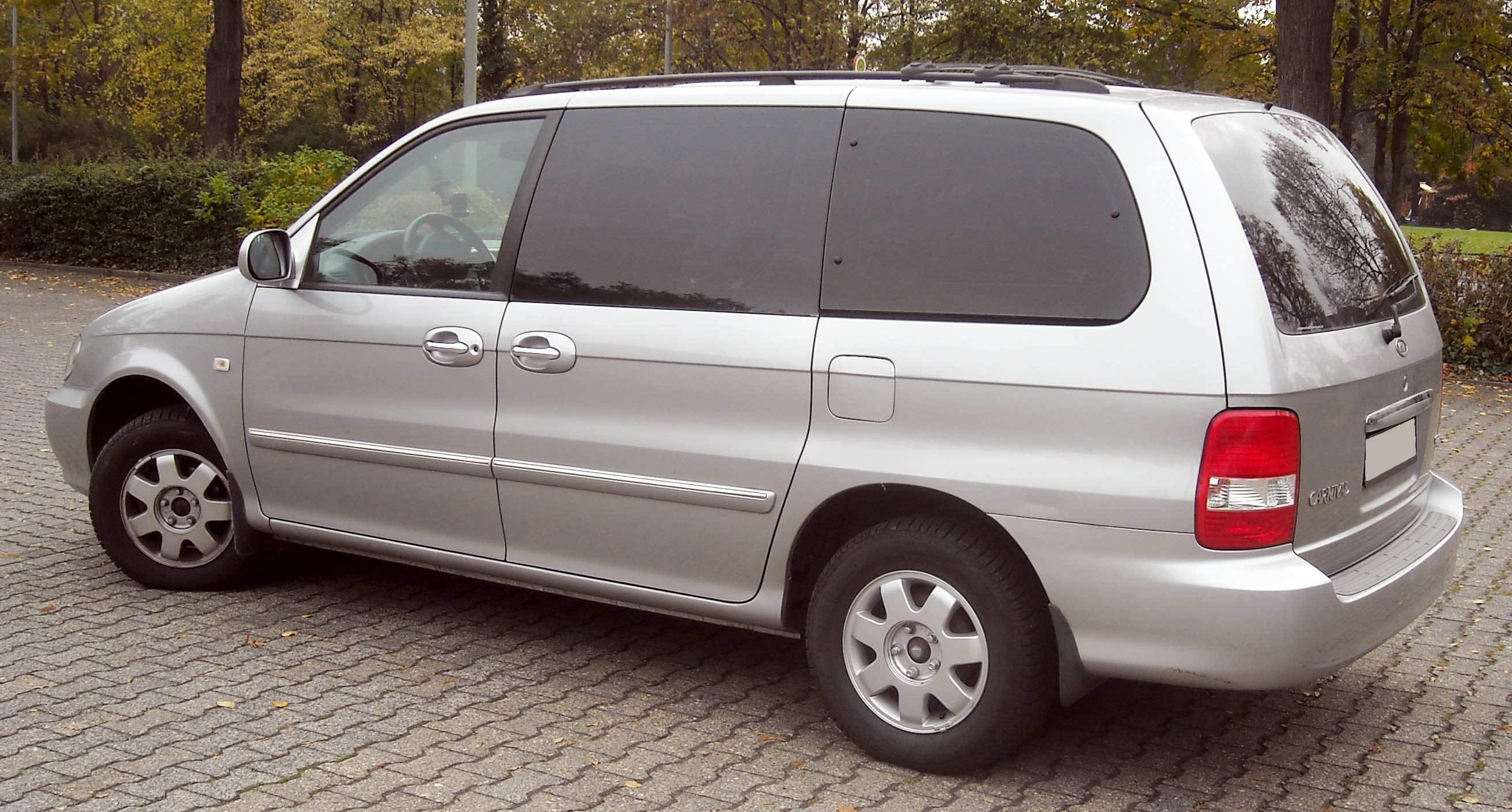 kia carnival 2001 review amazing pictures and images look at the car. Black Bedroom Furniture Sets. Home Design Ideas