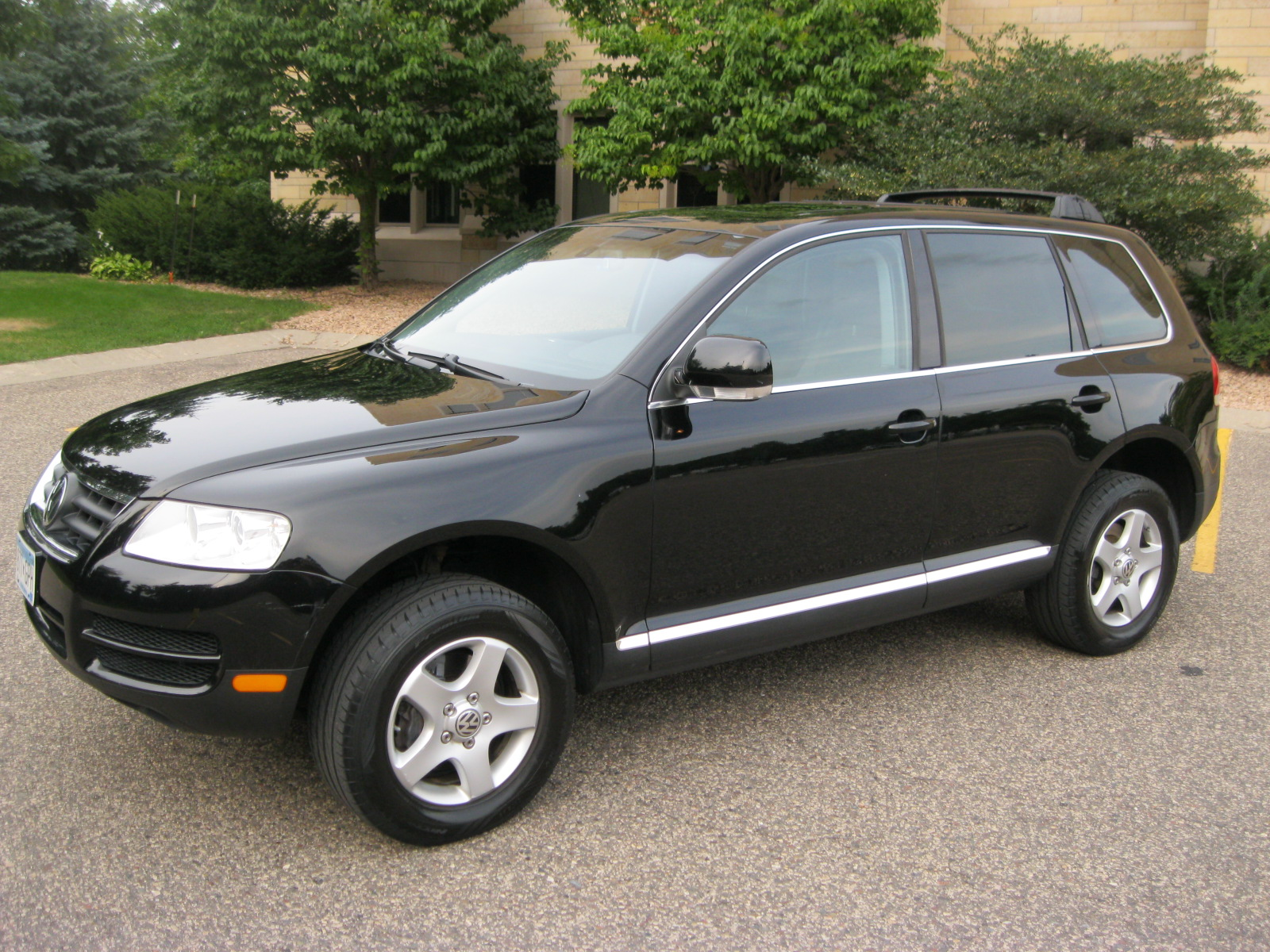 Volkswagen Tiguan 2004 Review Amazing Pictures And