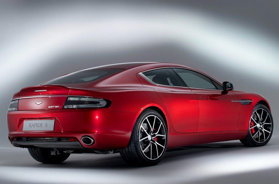 Aston Martin Rapide 2013 photo - 3