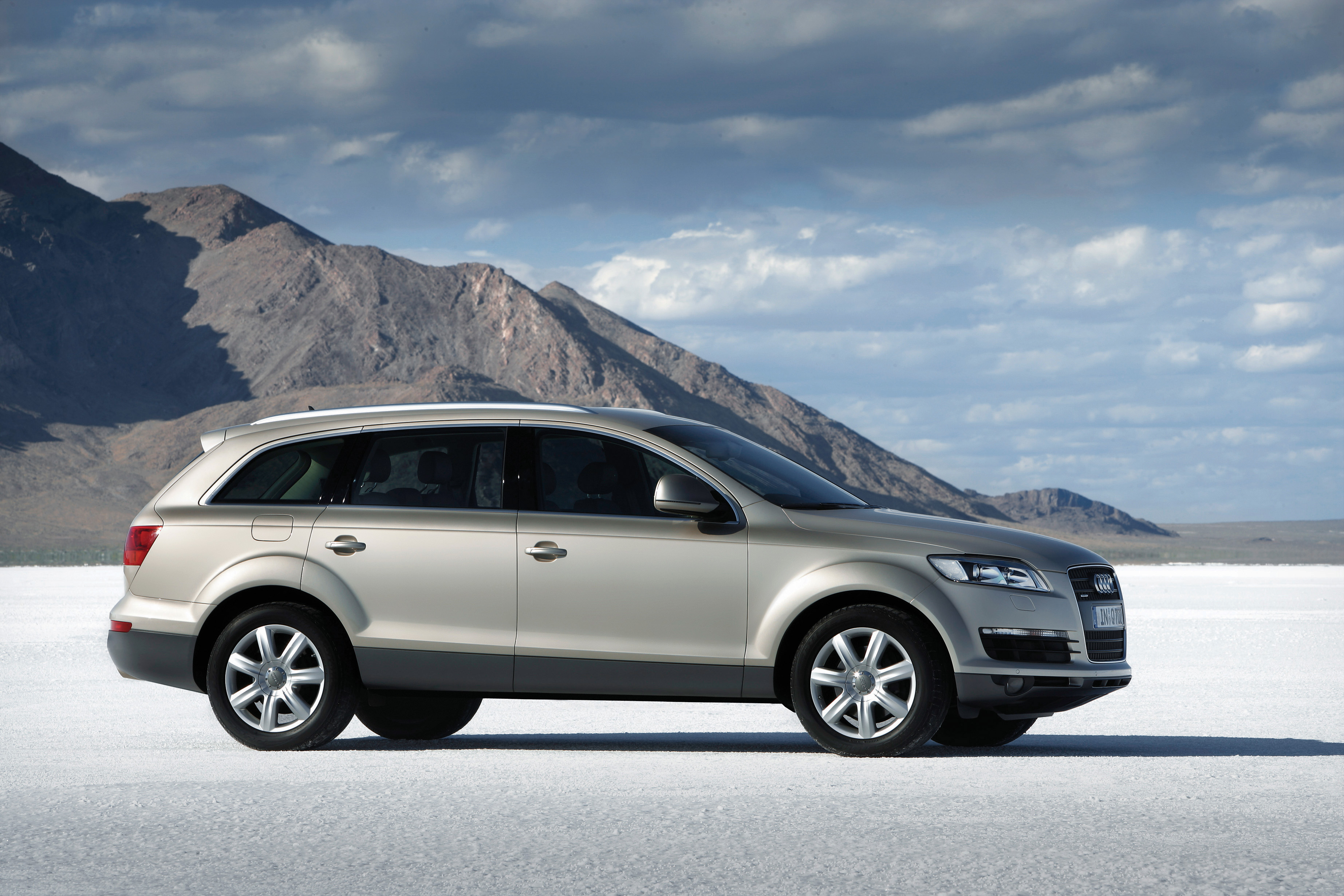 Audi q7 2004 review amazing pictures and images look at the car