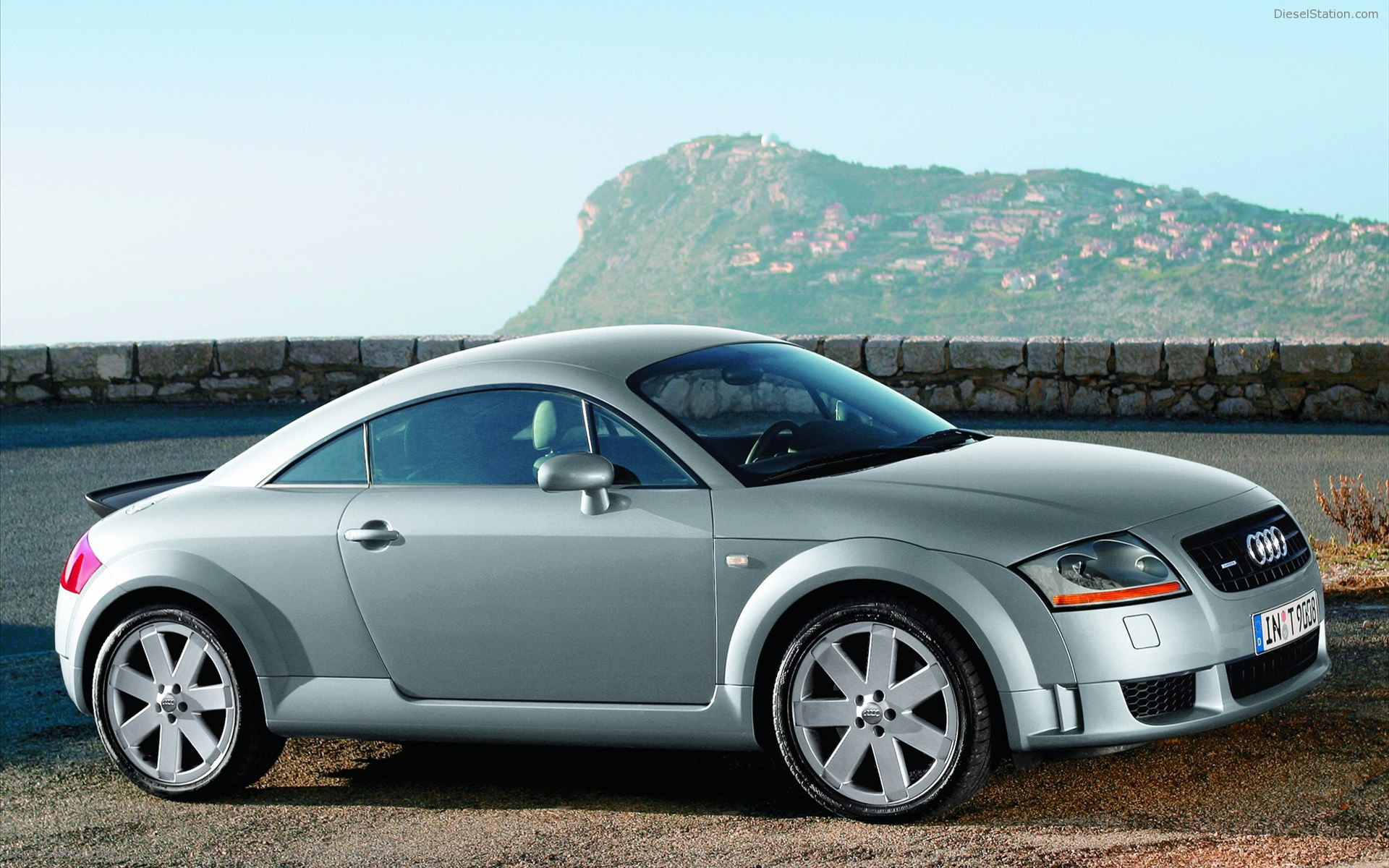 Audi Tt 2004 Review Amazing Pictures And Images Look