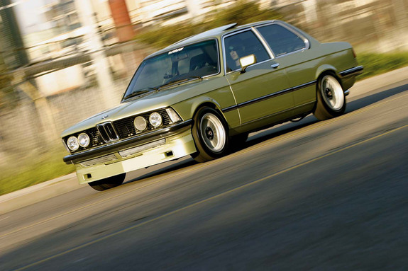 BMW 3-series 1980 photo - 4