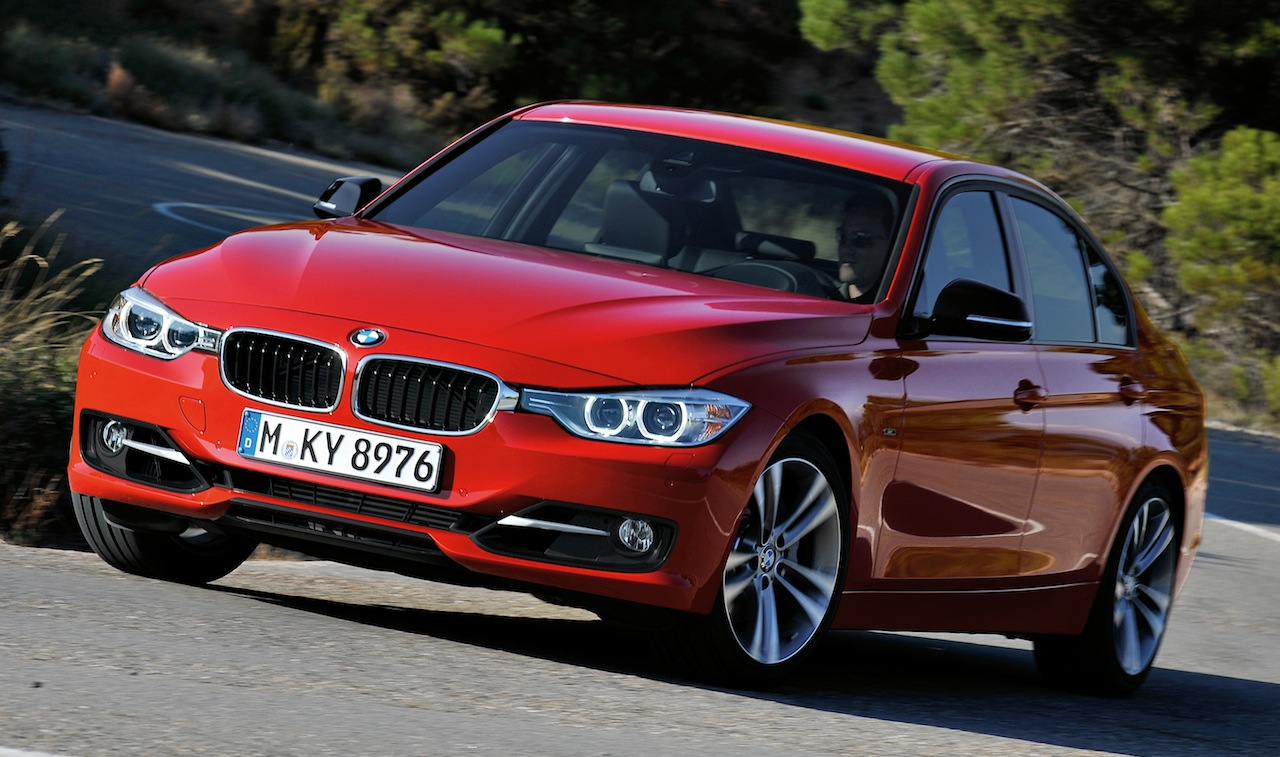BMW 3-series 2011 photo - 3