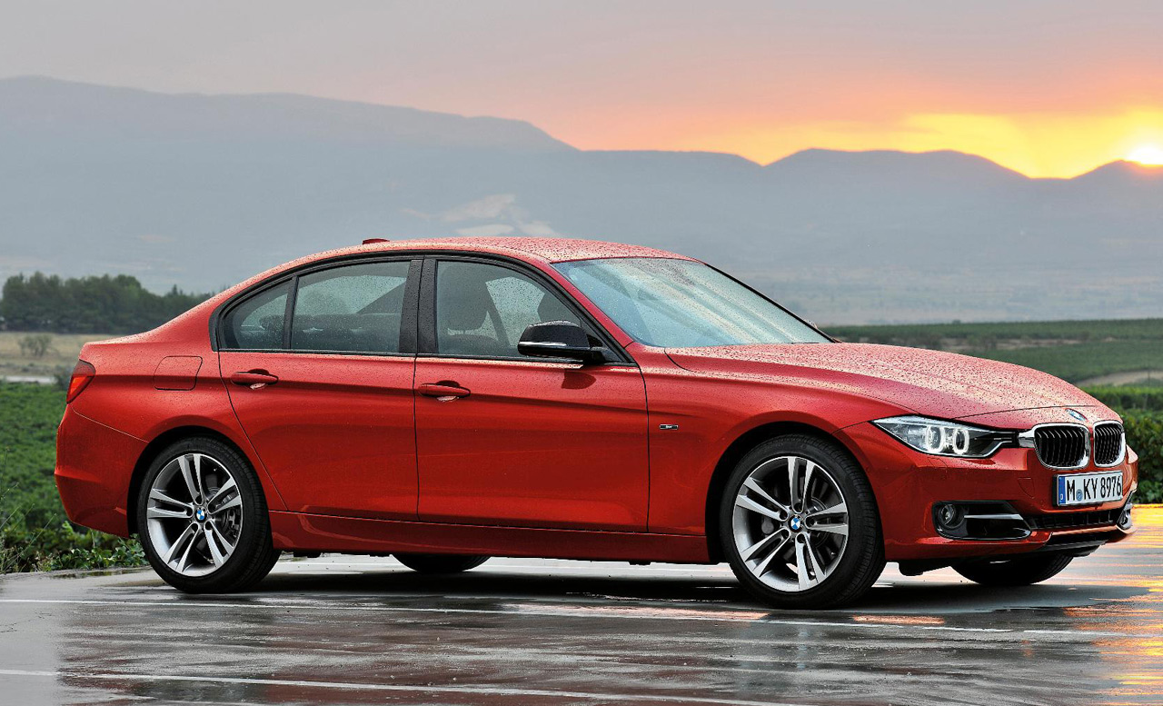 BMW 3-series 2011 photo - 7