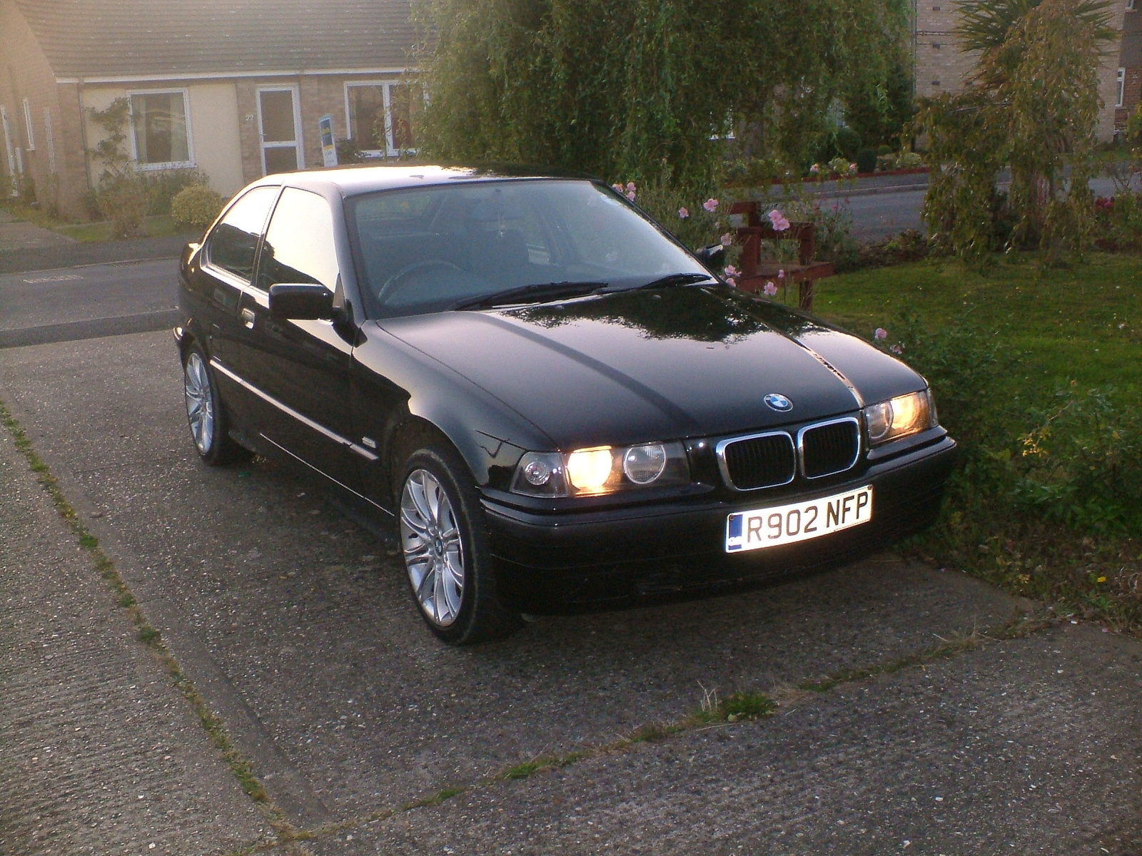 BMW 316 2001: Review, Amazing Pictures and Images – Look at the car