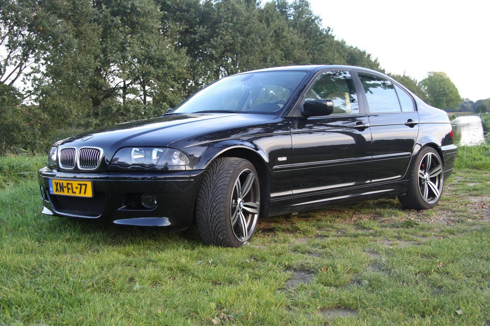Bmw 318i 2003 Review Amazing Pictures And Images Look