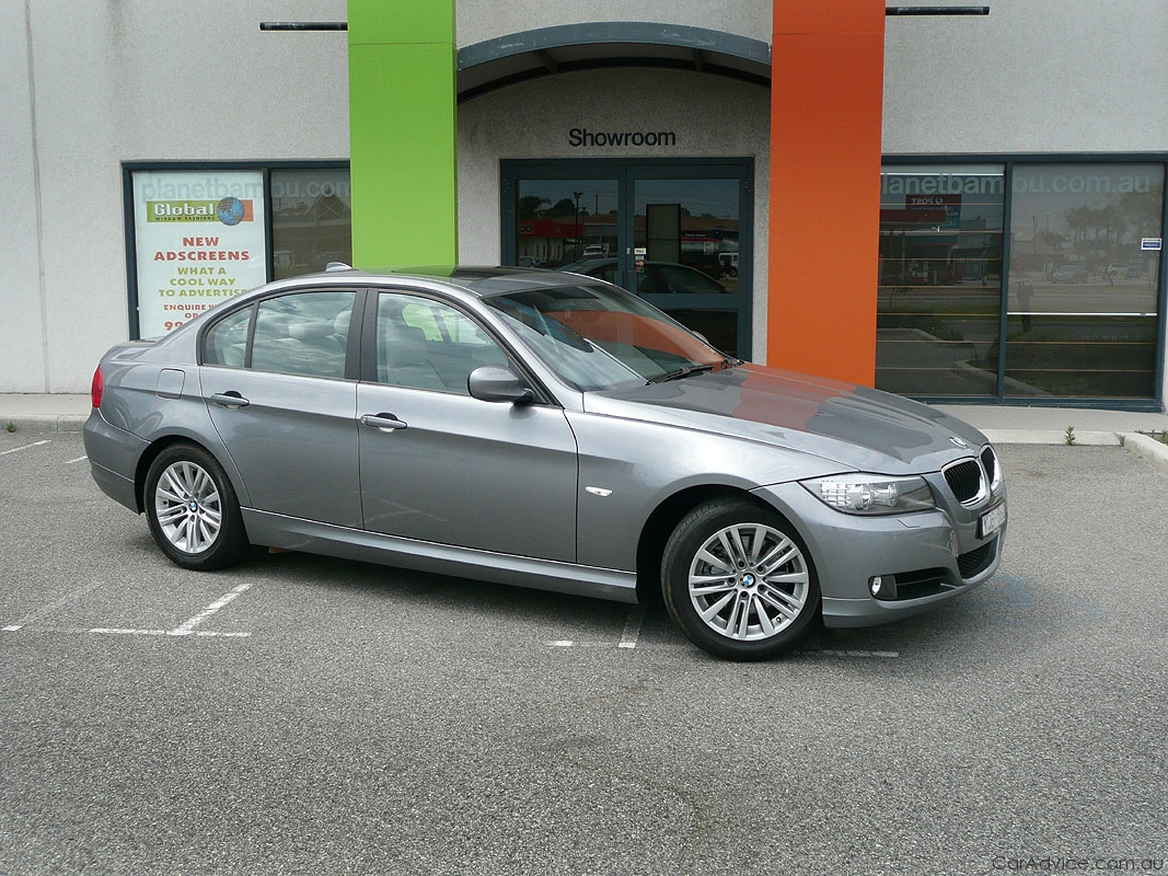 Bmw 320 2009 Review Amazing Pictures And Images Look At The Car