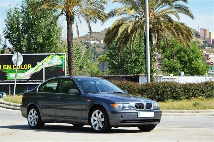BMW 330Xd 2002 photo - 4
