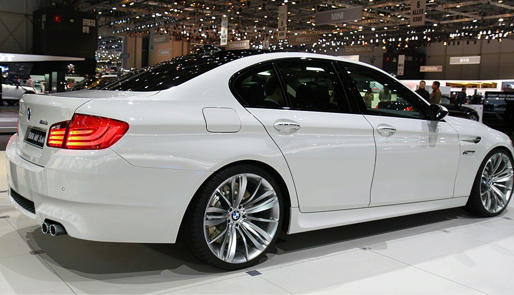Bmw 530i 2015 Review Amazing Pictures And Images Look