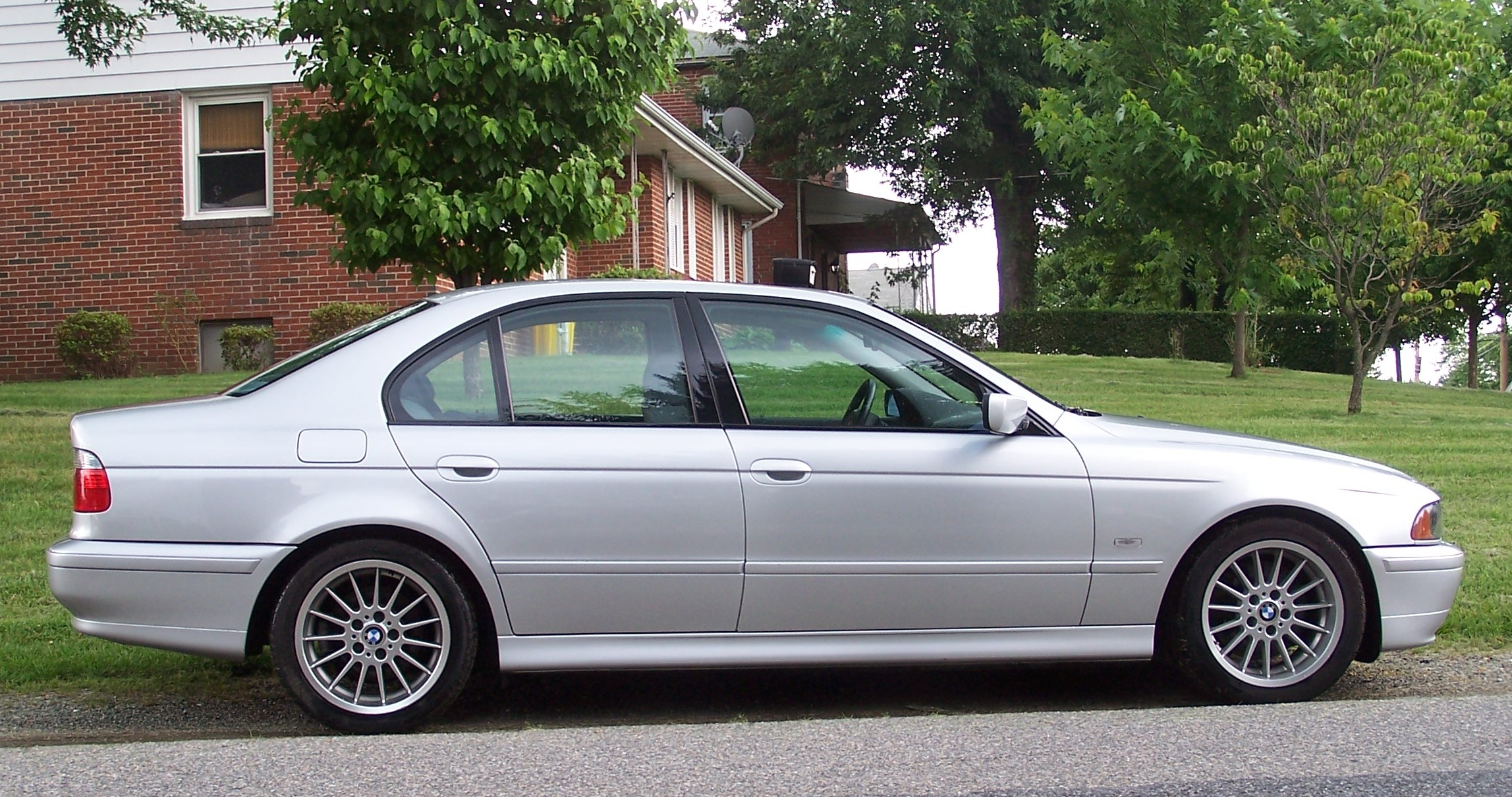 Bmw 540i 2007 Review Amazing Pictures And Images Look At The Car