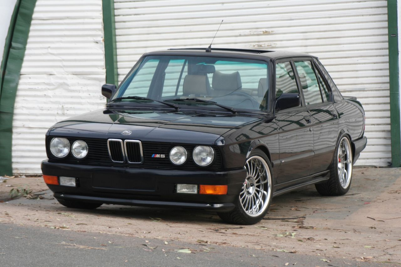 Bmw M5 1988 Review Amazing Pictures And Images Look At The Car