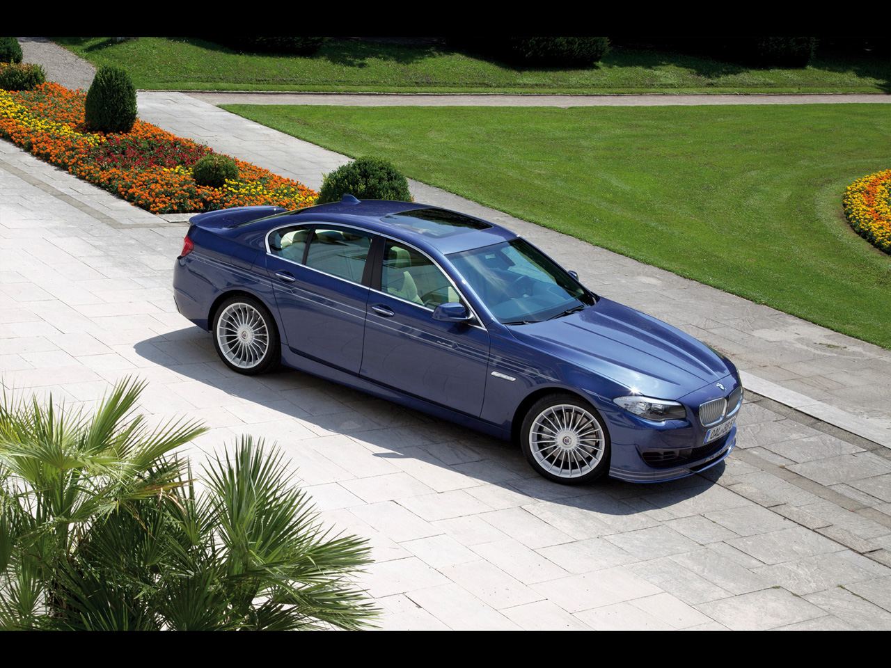 BMW b5 Alpina photo - 9