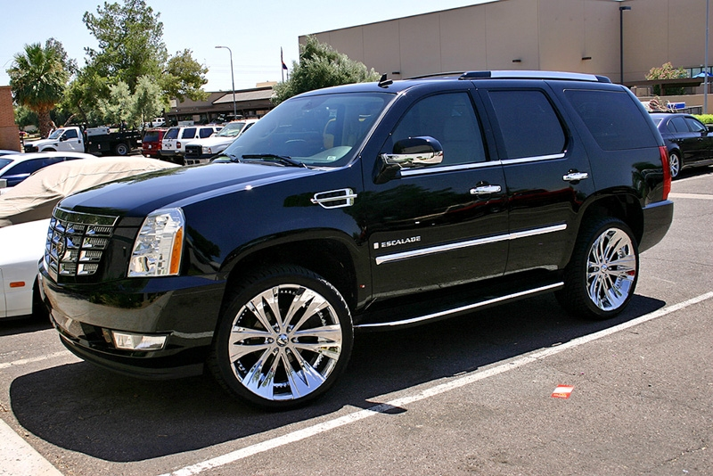Cadillac Escalade 2011 photo - 2