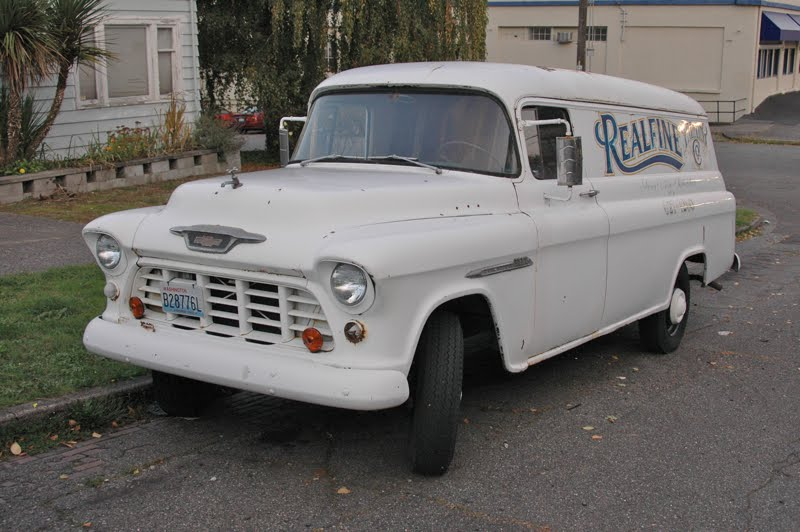 Chevrolet Apache 1952 photo - 2