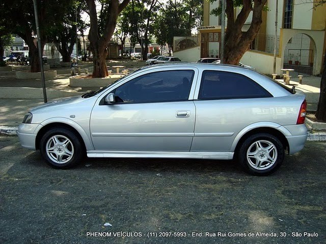 Chevrolet Astra 1999 photo - 1