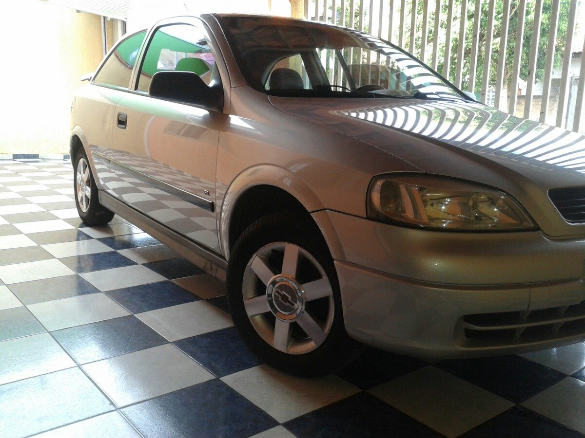 Chevrolet Astra 1999 photo - 3