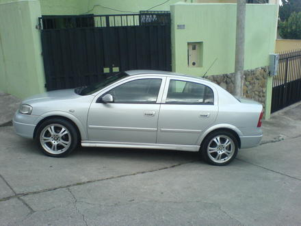 Chevrolet Astra 2001 photo - 5