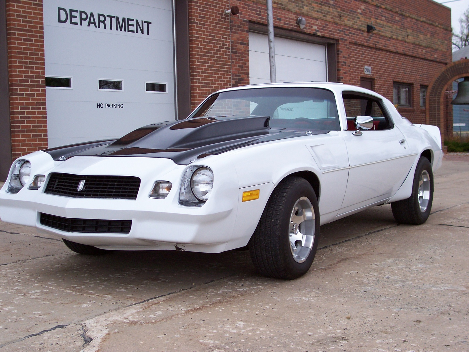 Chevrolet Camaro 1981 photo - 1