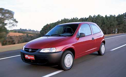 Chevrolet celta 2003 photo - 2